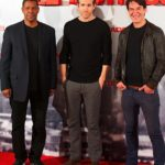 ryan-reynolds-and-denzel-washington2012-01-31_09-49-52step-out-for-safe-house